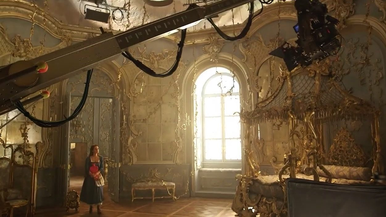 Beauty and the beast - behind the scenes